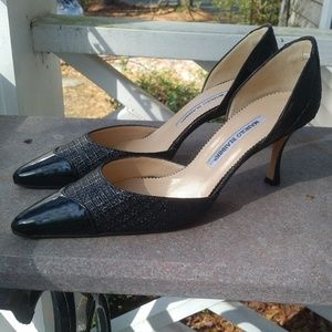 Manolo Blahnik Black Leather Heels Like New!